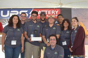 Estudiantes de Ingeniería (Eléctrica, Computadoras, y Mecánica) del Recinto Universitario de Mayagüez